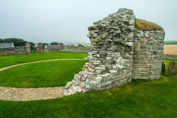 Orphir Round Church photo, The curving outer wall