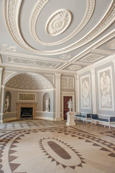 Osterley Park photo, The entrance hall