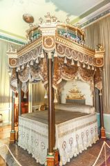 Osterley Park, The ornate state bed