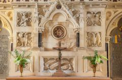 A closer look at the 19th century reredos