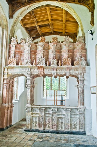 Oxburgh Hall photo, Terracotta tombs in the Bedingfield CHapel