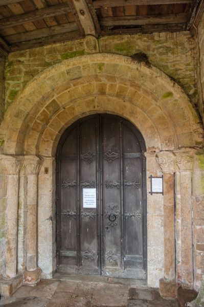 Oxhill, St Lawrence Church photo, The Norman north doorway