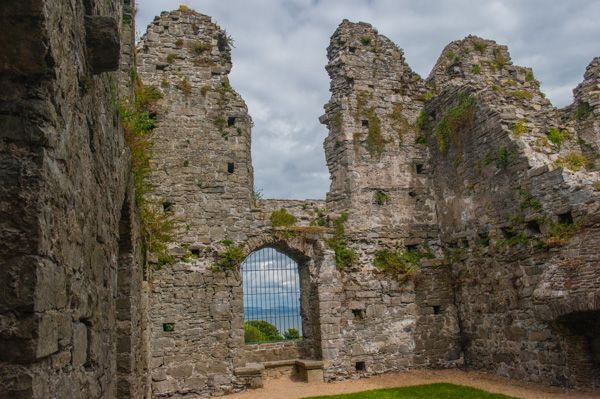Oystermouth Castle photo, The northern watchtower