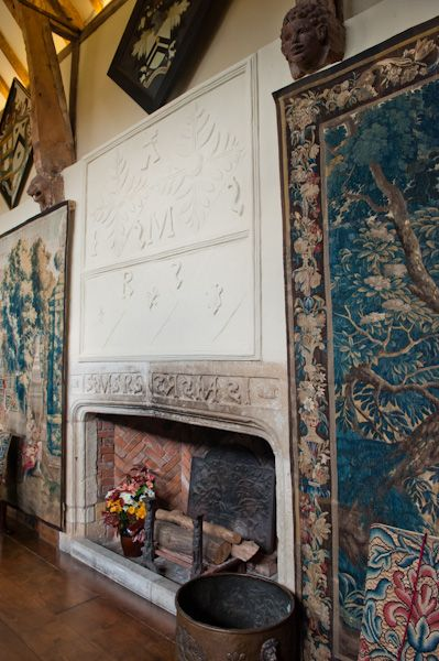 Packwood House photo, Hall fireplace