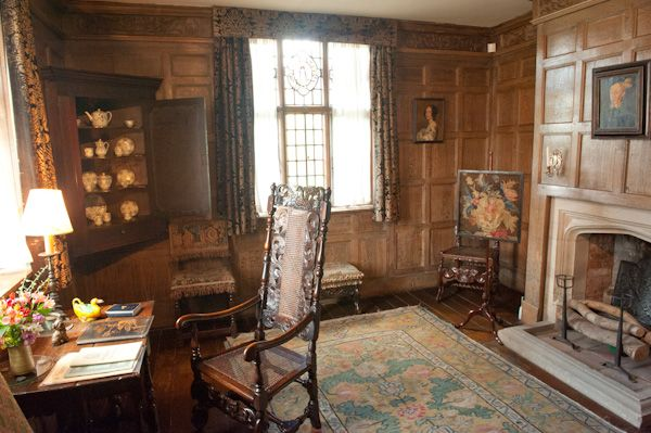 Packwood House photo, Panelled study