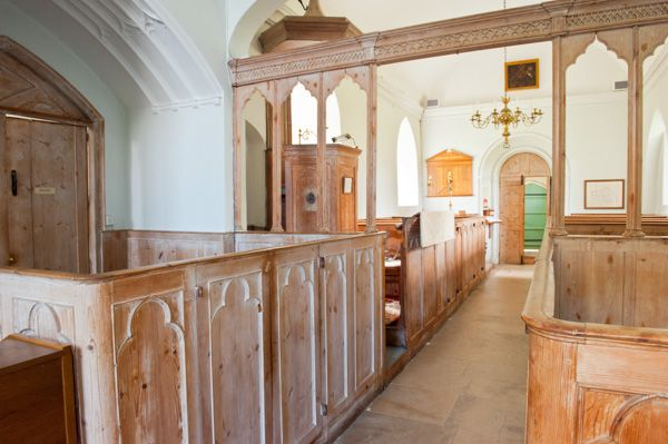 Parham, St Peter's Church photo, Box pews and chancel screen