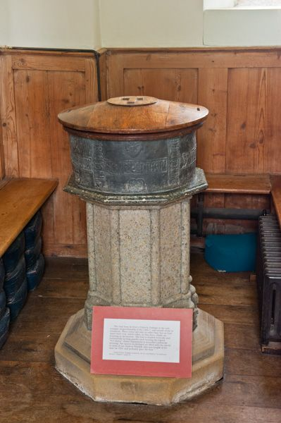 Parham, St Peter's Church photo, The unusual lead font
