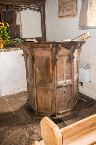 Partrishow, Patricio Church photo, The Jacobean pulpit