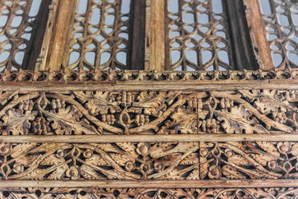 Partrishow, Patricio Church photo, Carving detail on the rood screen