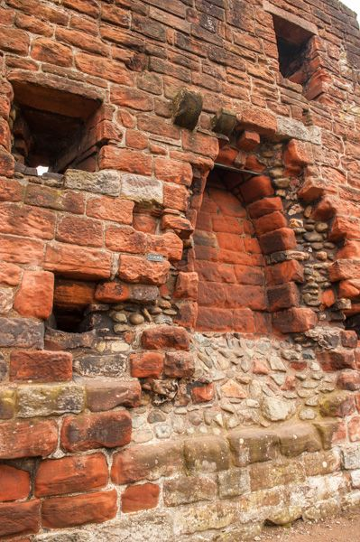 Penrith Castle photo, Remains of a fireplace in the Apartments