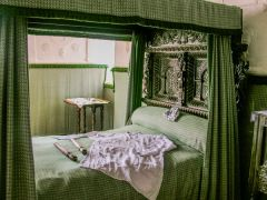 Plas Mawr, Four-poster bed