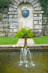 Plas Newydd, A formal garden fountain