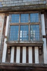 Merchants House Museum, A projecting timber-framed window