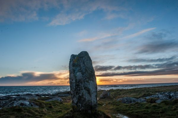Pollachar Standing Stone photo, Sunrise at Pollachar