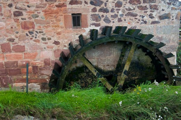 Preston Mill and Phantassie Doocot photo, Water wheel