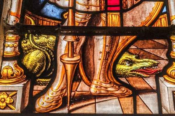 Preston on Stour, St Mary's Church photo, Figure of a serpent, or dragon, 17th century chancel glass
