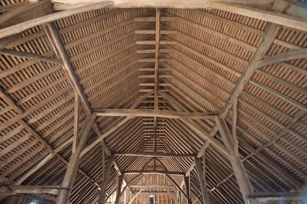 Priors Hall Barn photo, Roof timber construction