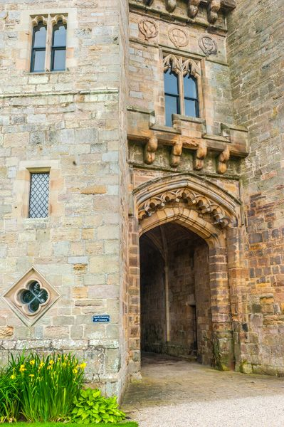 Raby Castle photo, The gatehouse entrance