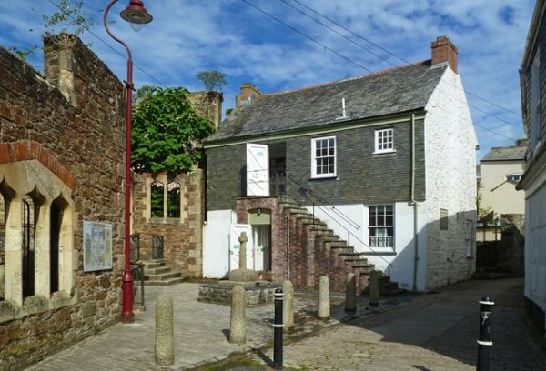 Redruth photo, William Murdoch's House (c) Mike Smith