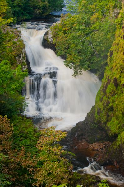 Reekie Linn Waterfall photo, From the clifftop viewpoint