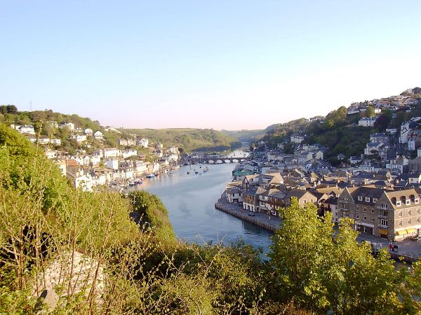 Looe Bay photo, The River Looe (c) Tigershrike