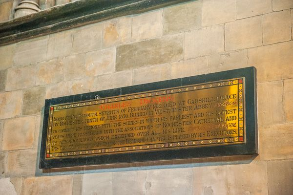 Rochester Cathedral photo, Charles Dickens memorial plaque