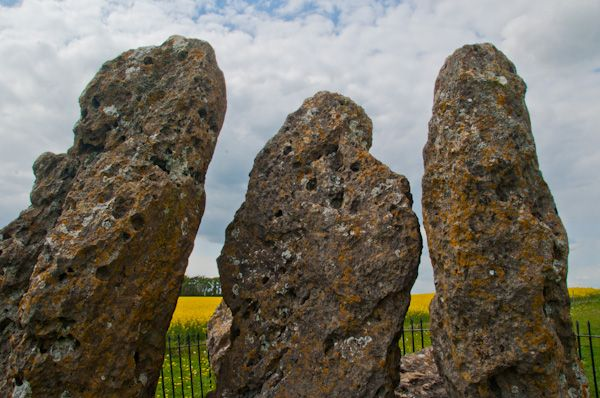 Rollright Stones photo, Whispering Knights close-up