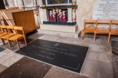 Romsey Abbey, Lord Mountbatten's memorial