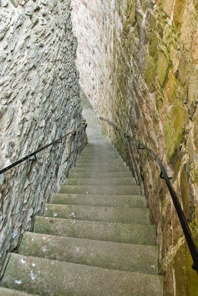 Rothesay Castle photo, Tower staircase (restored)