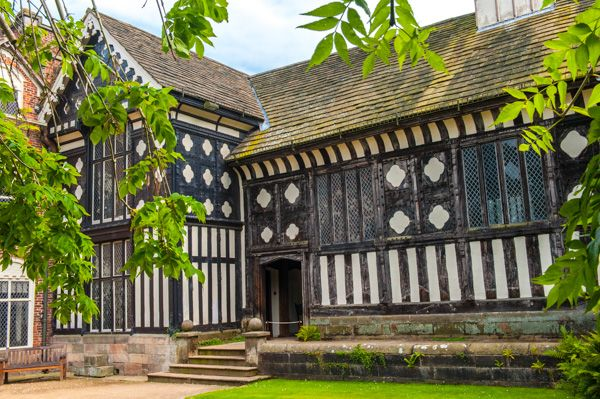 Rufford Hall photo, Exterior view of the Old Hall