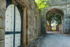 Ruthin Castle, The castle gatehouse from inside the grounds