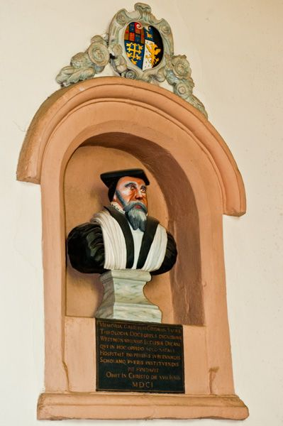 Ruthin, St Peter's Church photo, Gabriel Goodman memorial, 1601