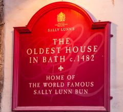 The 'Oldest House in Bath' plaque