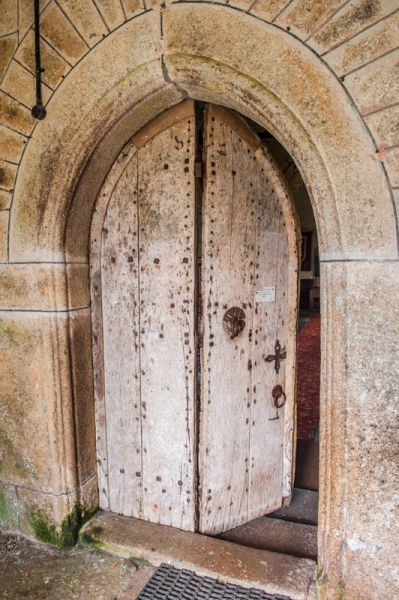 Sampford Courtenay, St Andrew's Church photo, The 15th century south doorway and hinged oak door