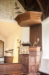 The Georgian pulpit and tester