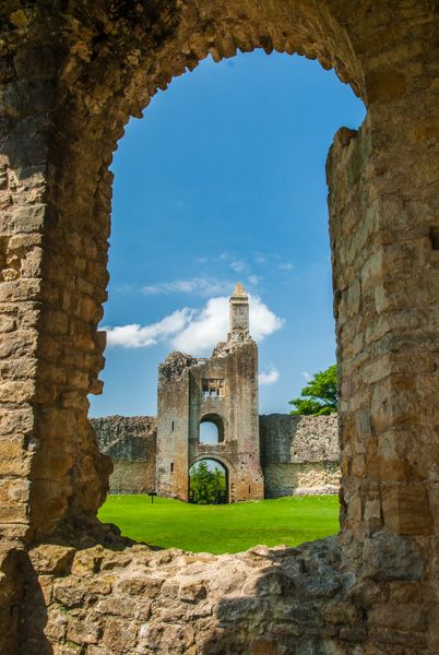Sherborne Old Castle photo, The gateway tower from the inner quadrangle