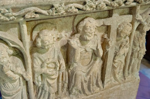 Shilton, Holy Rood Church photo, Font frieze carving