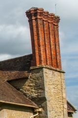 Shipton Hall, An Elizabethan chimney cluster
