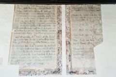 Biblical text painting in the chancel