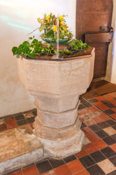 Silchester, St Mary's Church photo, Late 14th century octagonal font