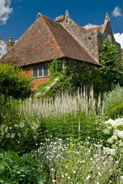 Sissinghurst Castle Garden photo, Priest's House