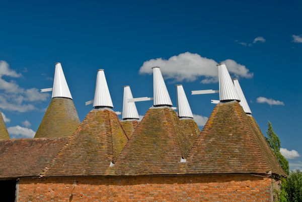 Sissinghurst Castle Garden photo, Kentish oast houses