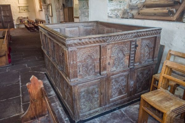 Skenfrith, St Bridget's Church photo, 16th century box pew