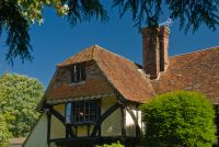 Smarden, The roofline of Dragon House