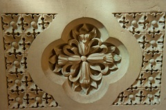 Quatrefoil carving on the pulpit
