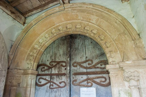 Sparsholt, Holy Cross Church photo, 12th century south doorway
