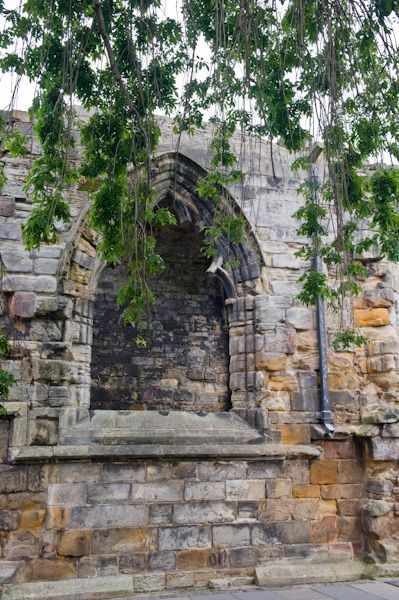 Blackfriars Chapel photo, Chapel window