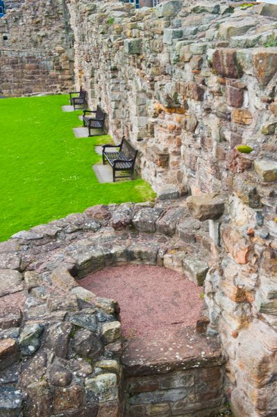 St Andrews Castle photo, Looking down inside the castle walls