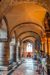 The Romanesque aisle