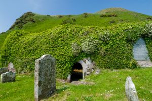 St Columba's Chapel, Holy Well, & Footprints